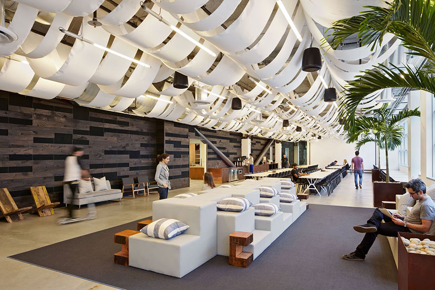Desain Kantor Paling Keren di Dunia - Desain kantor keren - Dropbox 01