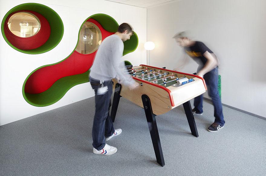 Desain Kantor Paling Keren di Dunia - Desain kantor keren - Lego 03
