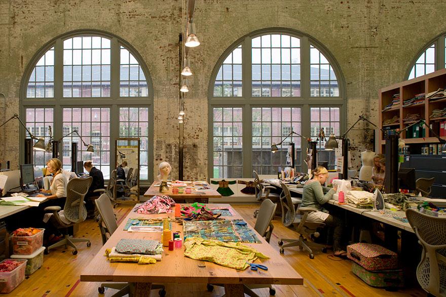 Desain Kantor Paling Keren di Dunia - Desain kantor keren - Urban Outfitters 06