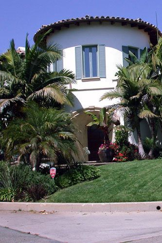Bette Midler's home in Beverly Hills 2004
