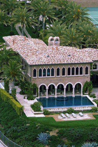 Cher's Malibu mansion 2004