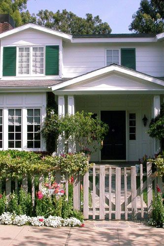 Jamie Lee Curtis' home in Monica 2005