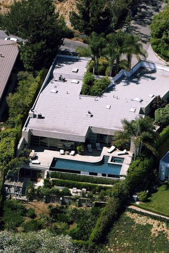 Tobey Maguire's home in West Hollywood 2004