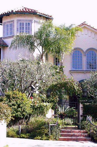 Uma Thurman's Pacific Palisades mansion 2005