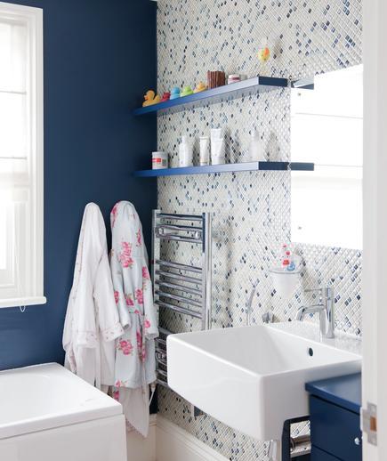 Memilih Material Ubin Kamar Mandi - contoh desain kamar mandi - Case of the Blues