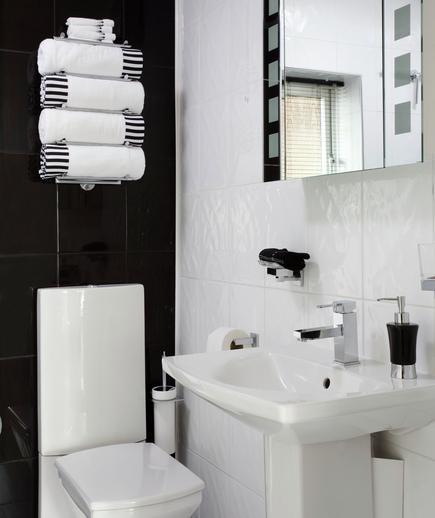 contoh desain kamar mandi - Modern Family - Cara Memilih Material Ubin Kamar Mandi