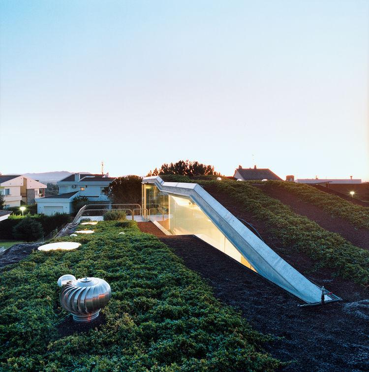 Contoh Desain Atap Rumah Modern -