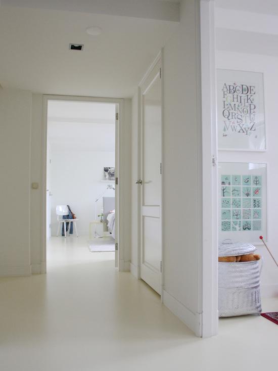 Kontraktor Pelapisan Epoxy Coating Proyek Lantai Gedung - Epoxy Coated Floor contemporary hall