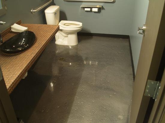 Kontraktor Pelapisan Epoxy Coating Proyek Lantai Gedung - Epoxy Coated Floor modern bathroom 2