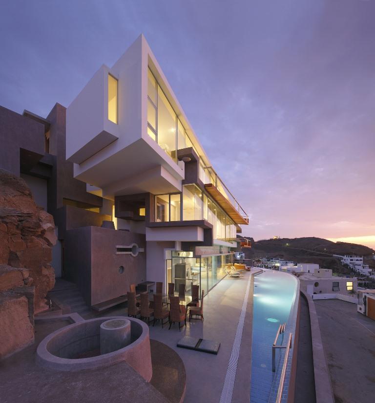 Gambar Desain Rumah Mewah 06