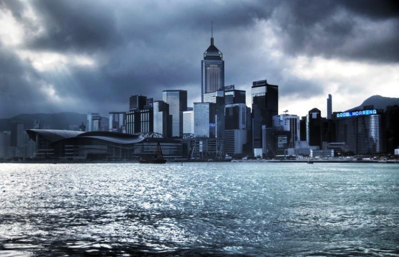 10 Kota dengan Gedung Pencakar Langit Paling Berdampak - Hong_Kong_Mariusz_Kluzniak